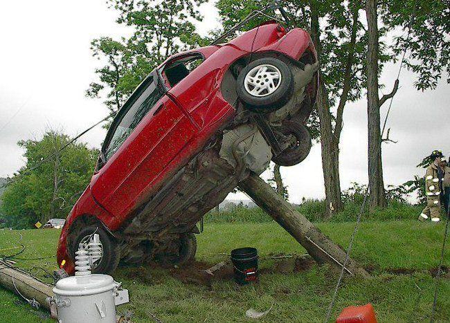 auto-crash-290309-14