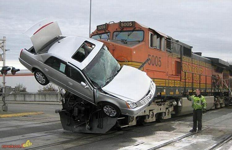auto-crash-290309-31