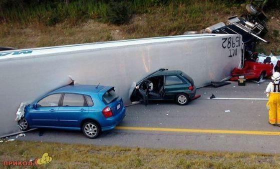 auto-crash-290309-40