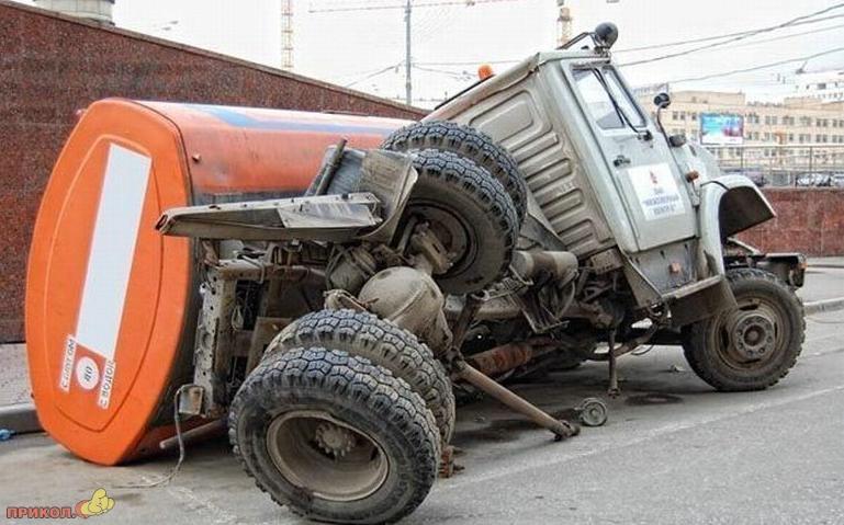 auto-crash-290309-44