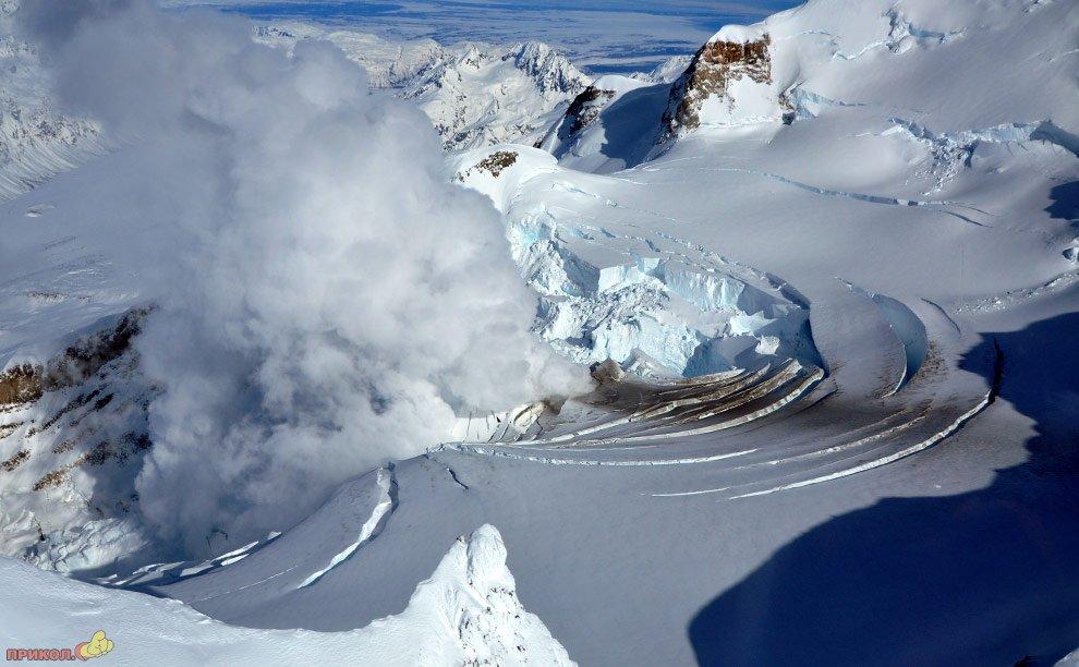 mount-redoubt-volcano-04