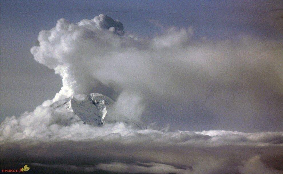 mount-redoubt-volcano-18