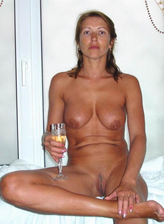 passport-photo-nude-12