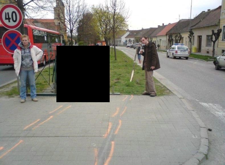 polozhil-avto-v-kanavu-01