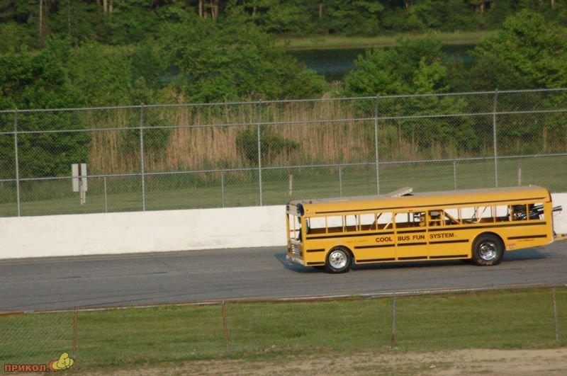 gonki-na-avtobuse-04