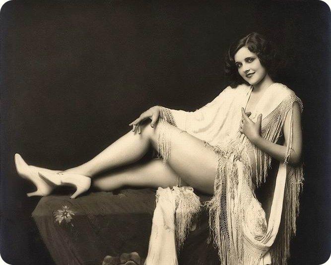 1920-erotica-01