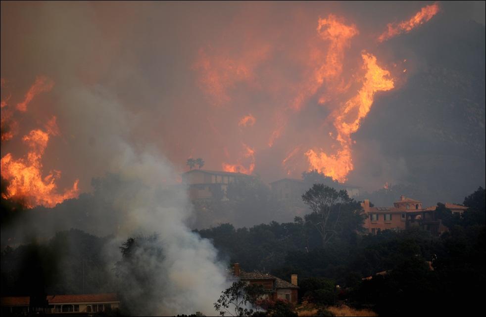 fire-california-100509-04