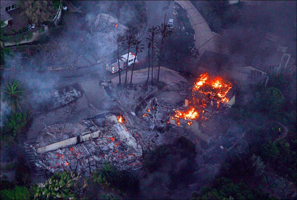 fire-california-100509-05