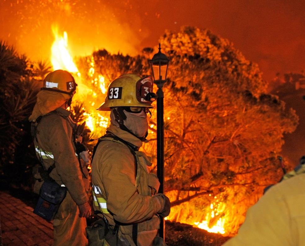 fire-california-100509-07