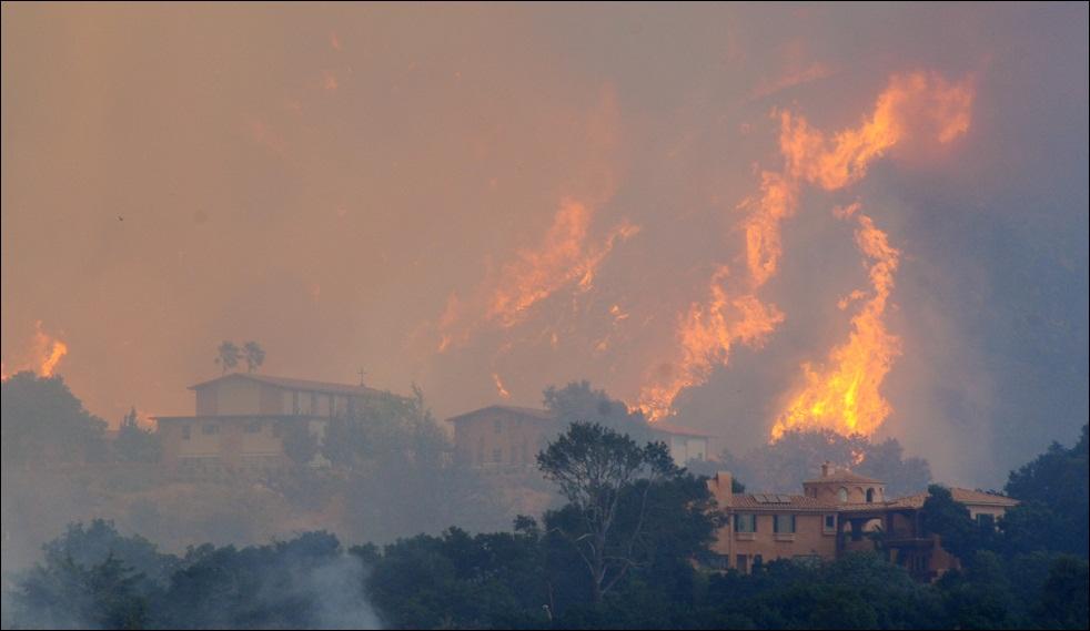 fire-california-100509-12