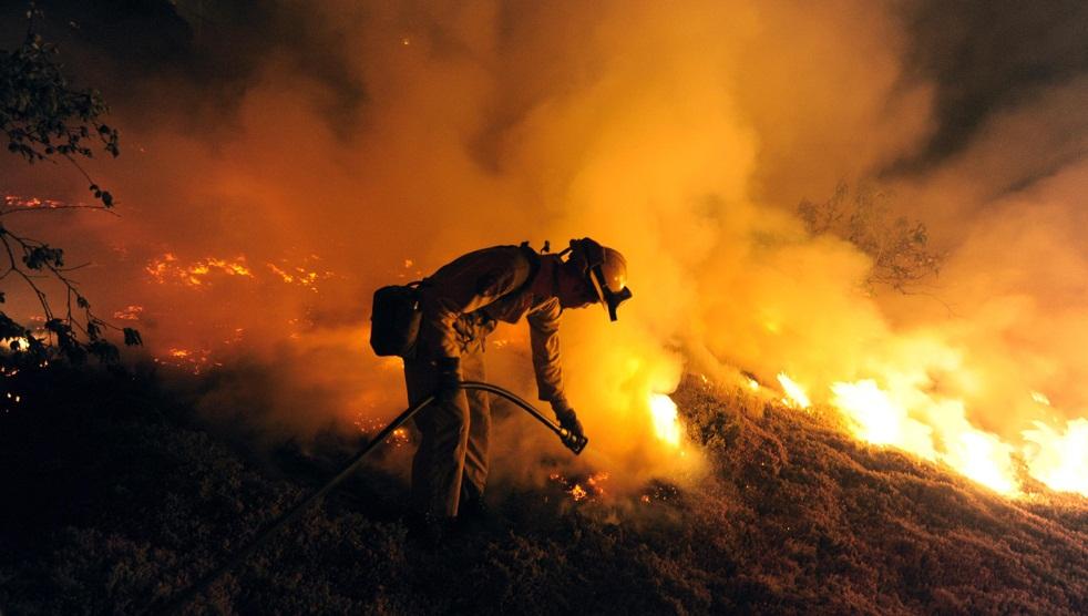 fire-california-100509-14