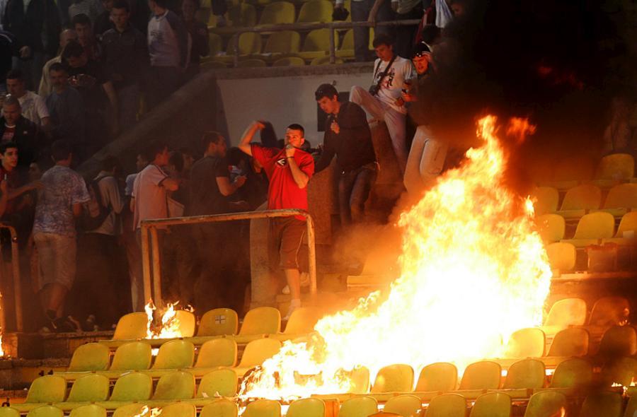 football-fans-07