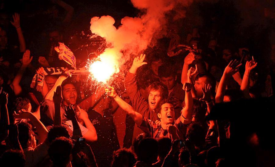 football-fans-13