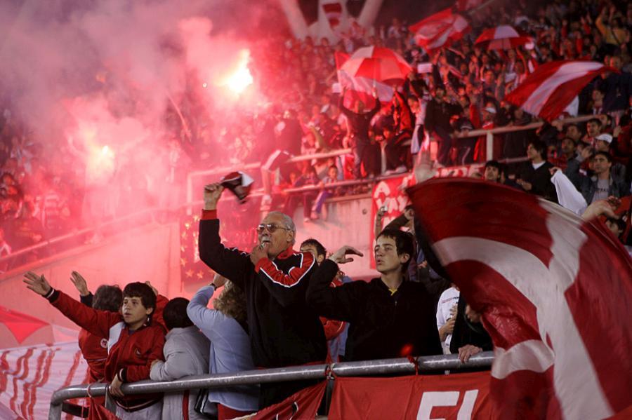 football-fans-21