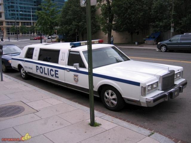police-limo-01
