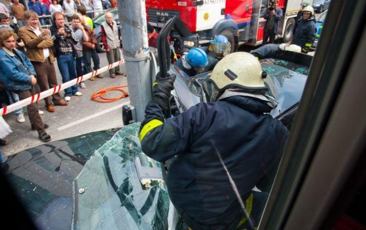 tallin-tram-accident-14