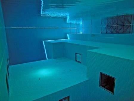 самый глубокий в мире бассейн