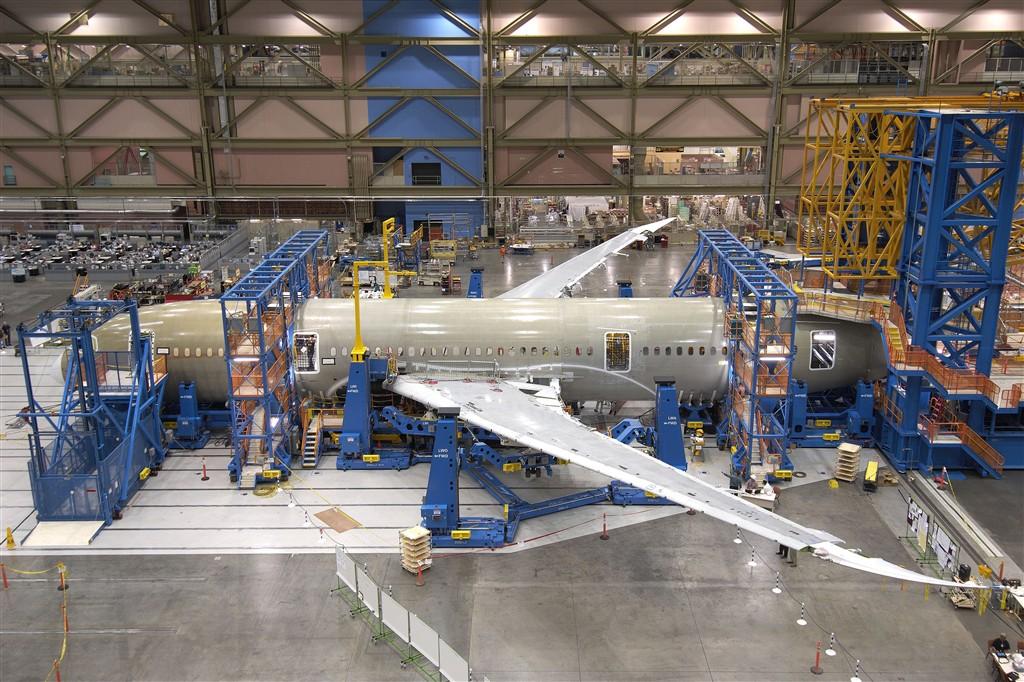 boeing-787-dreamliner-13