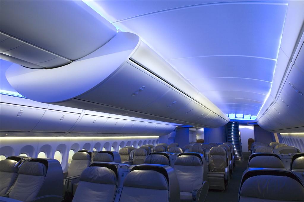 Boeing 787 dreamliner в сборочном цехе