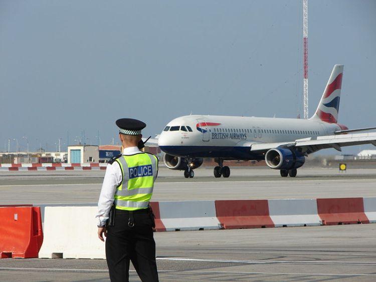 gibraltar-airport-02