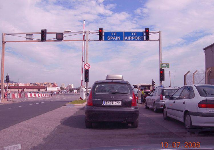 gibraltar-airport-03