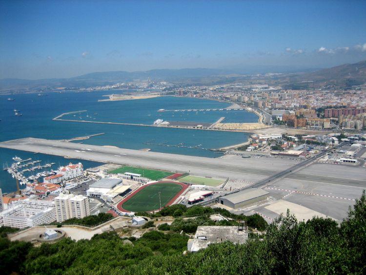 gibraltar-airport-04