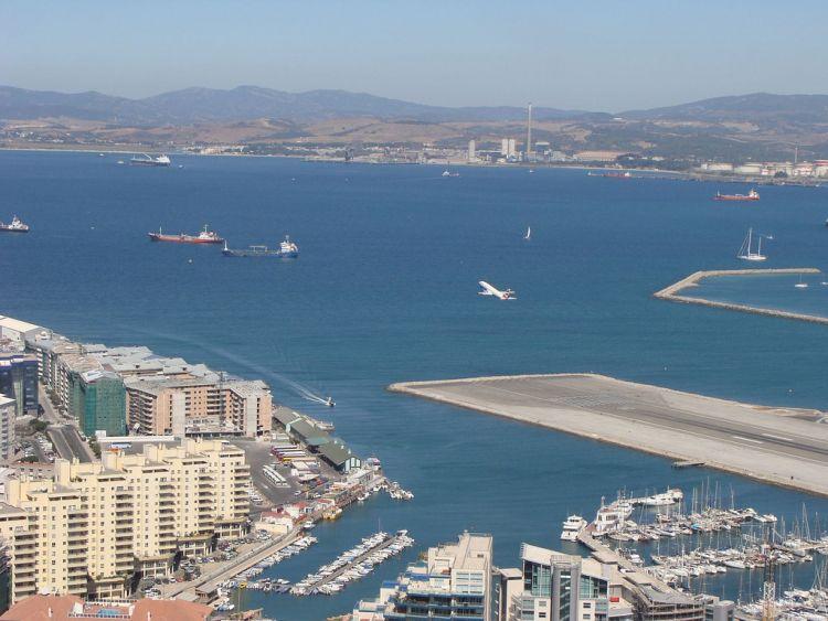 gibraltar-airport-06