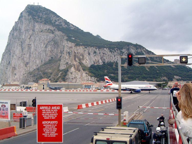 gibraltar-airport-07