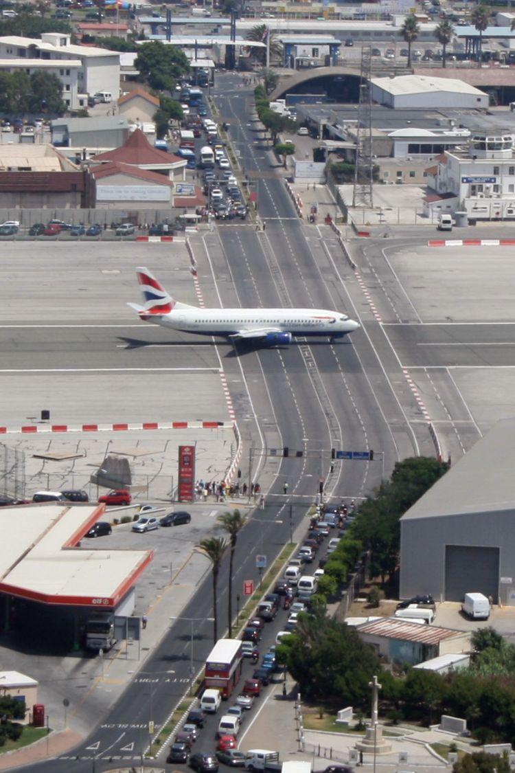 gibraltar-airport-08
