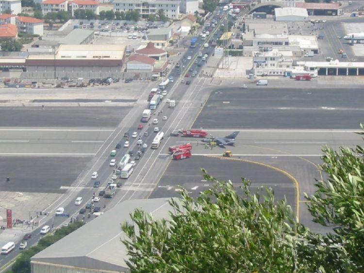 gibraltar-airport-09