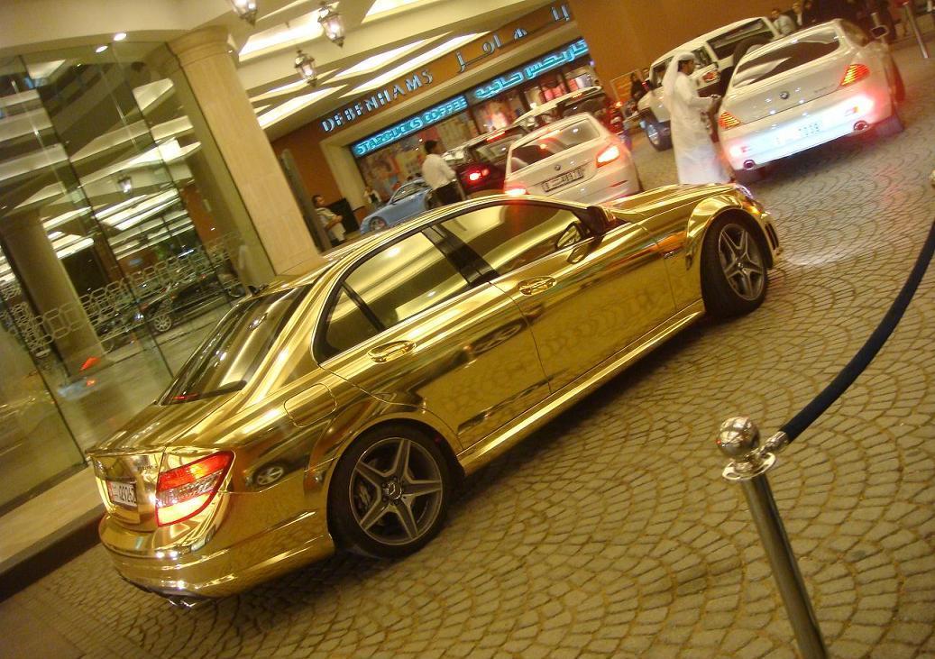 gold-mersedes-c63-01