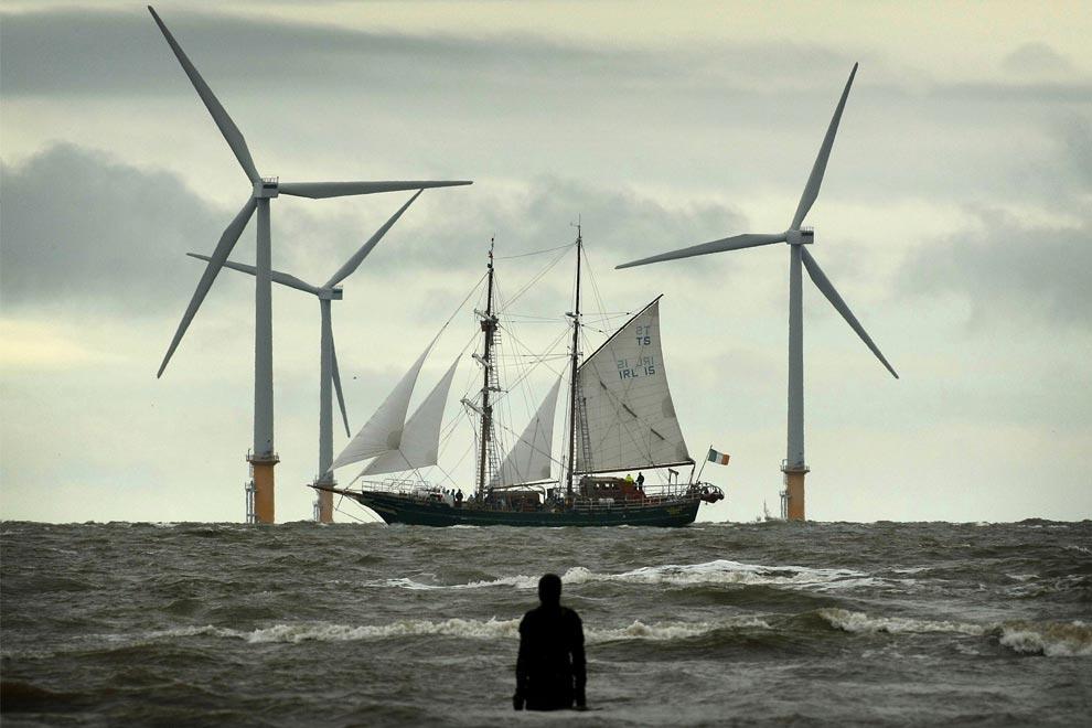 sailing-around-the-world-01