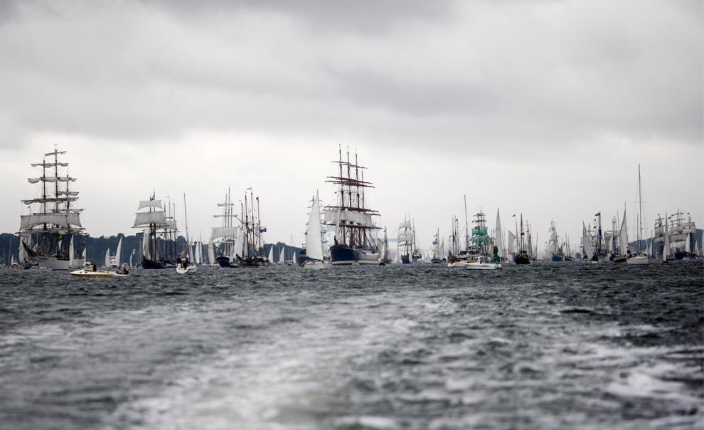 sailing-around-the-world-22