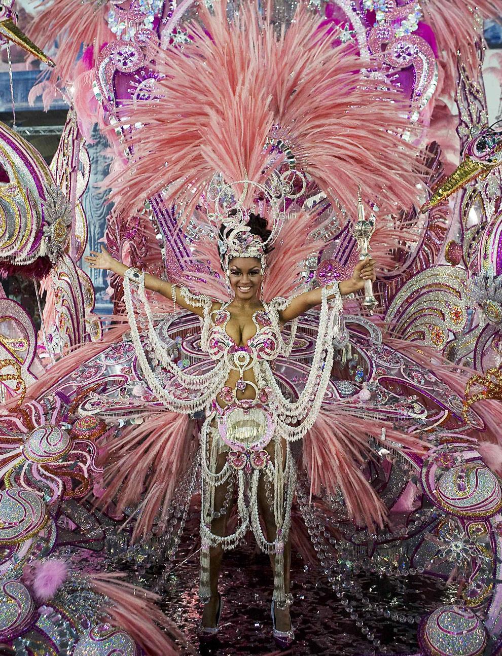 carnival-season-16