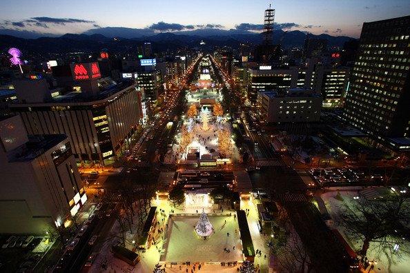 sapporo-ice-festival-japan-2009-11