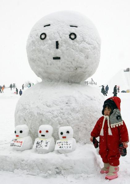 sapporo-ice-festival-japan-2009-12