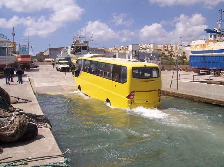 avtobus-amfibiya11