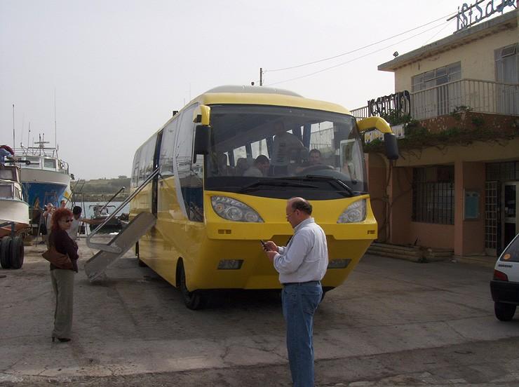 avtobus-amfibiya14