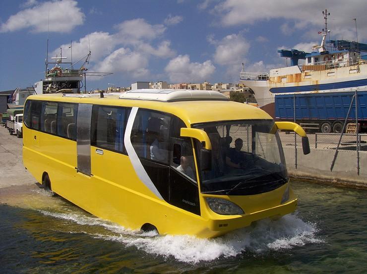 avtobus-amfibiya2