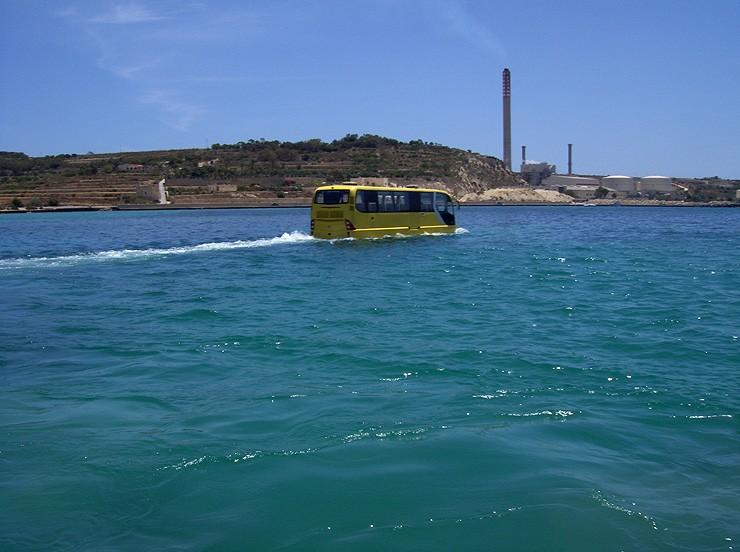 avtobus-amfibiya9