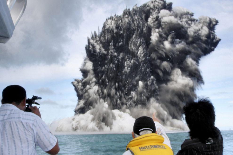 volcano-tonga-09
