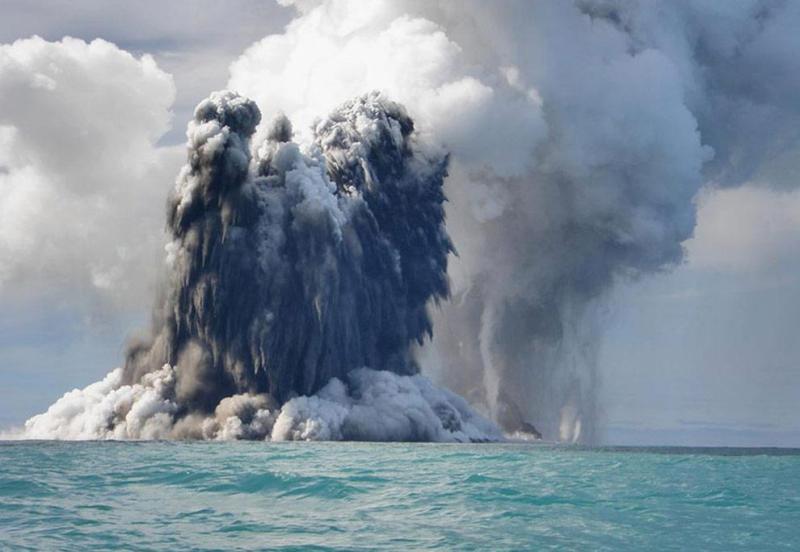 volcano-tonga-13
