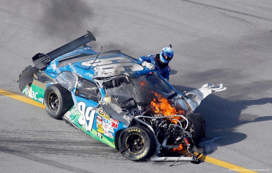 nascar-racing-02