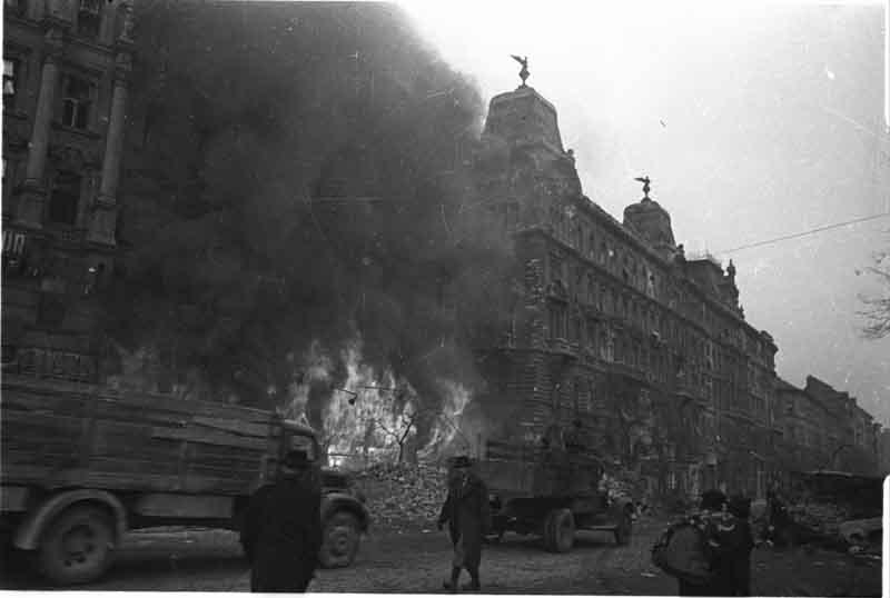 den-pobedi-1945-75