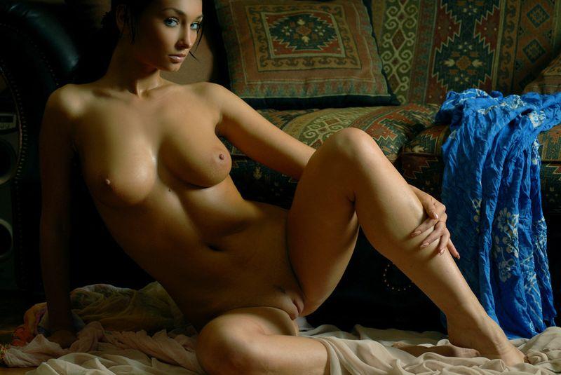 Яндекс фото голые девушки
