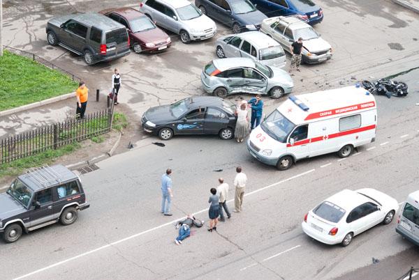 moto-crash-120509-10