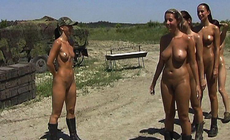 Девушки голышом в армии фото 221-334