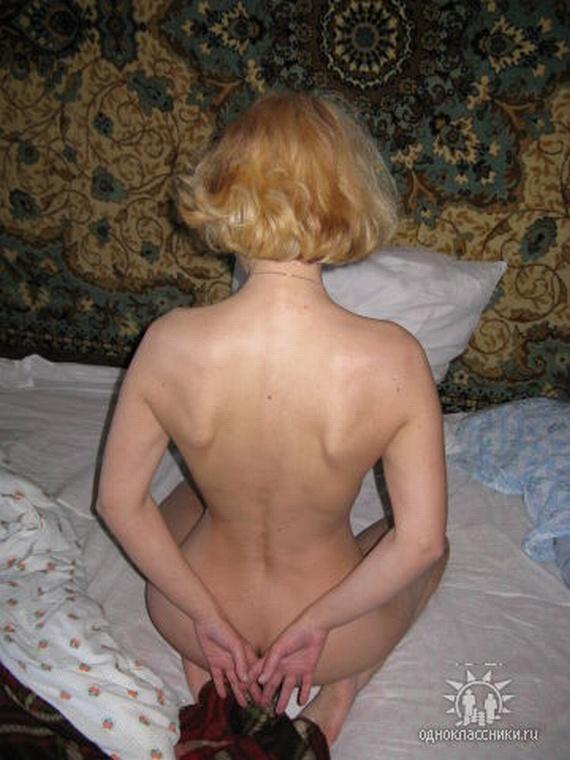 Девушки 18, эротика, голые одноклассницы. nude-odnoklassniki-32.