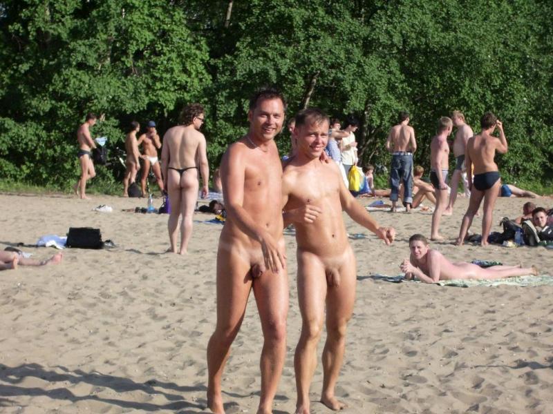 Голый пляж. Фото и видео нудисток голышом на пляжах мира!