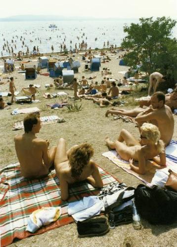 nude-beach-21